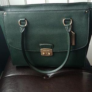 NWT Coach Avary Leather Bag
